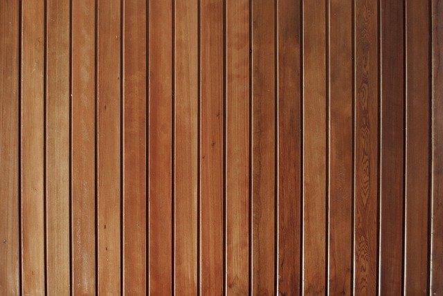 obložení ze dřeva