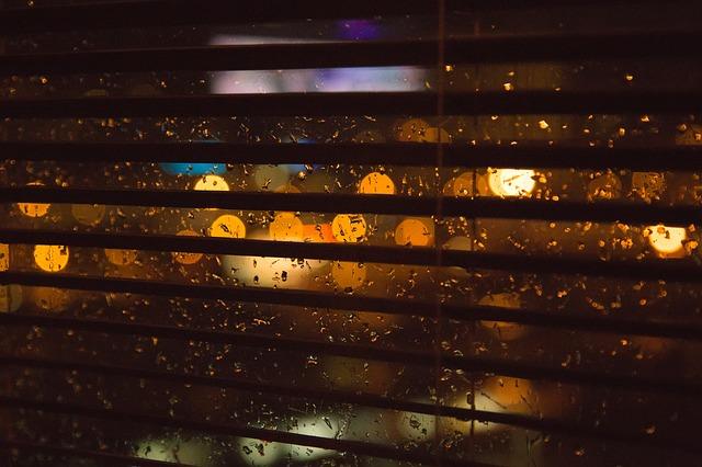 roleta v okně