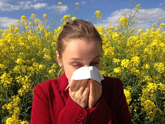 dívka s alergií.jpg